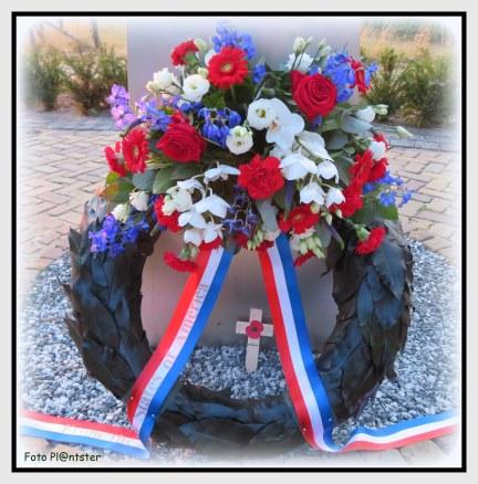 Herdenking en eerbetoon tijdens de wandelvierdaagse voor gesneuvelden tijdens de oorlog