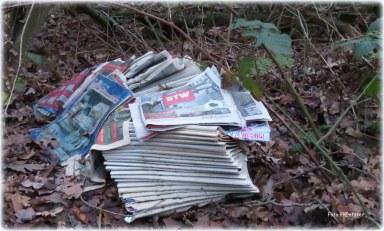 Ik kreeg de indruk wat het benadrukte ..., ongelezen kranten keken bedrukt