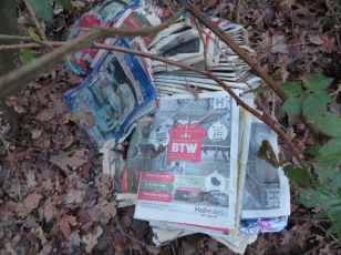 De btw gaat omhoog .Tegen beter weten in ,heeft het een zin? De kranten waren er vol van...., hoe deze lagen .., het was niet hoog genoeg
