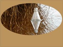 Een flesje gedreven in het water ..., het is blijven hangen in de stilte