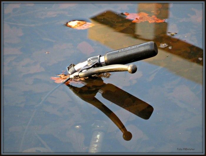 IMG_9808 Fiets in het water